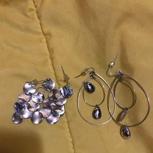 💥Silver tone dangling earrings/ beautiful 💥✨✌️